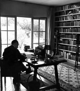 maugham-writing