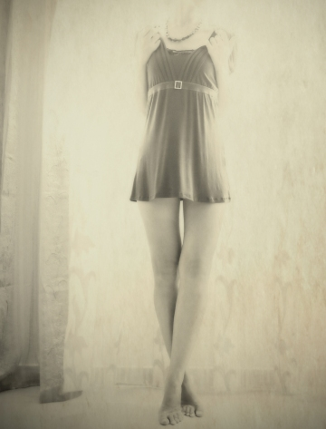 yulia gorodinski headless girl
